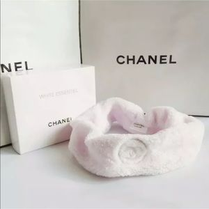 CHANEL Yoga Fleece  Skincare CC Headband